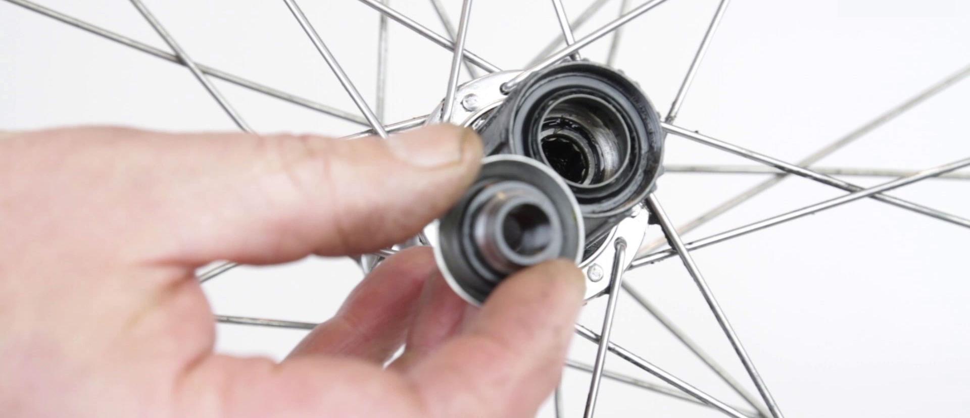 自転車および関連ベアリング<br>